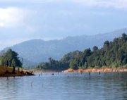 tasik kenyir view of the hills