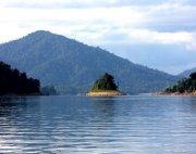 an island in tasik kenyir, terengganu